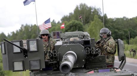 Défense russe : l'OTAN accroît ses forces à la frontière de la Biélorussie, allié de Moscou