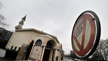 Une mosquée en Suisse, avant le vote sur l'interdiction des minarets de 2009.