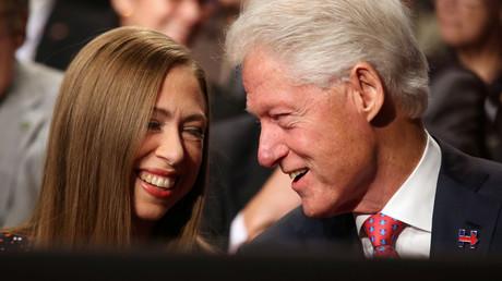 Podesta 32 : WikiLeaks révèle que Chelsea aurait pioché dans la fondation Clinton pour son mariage