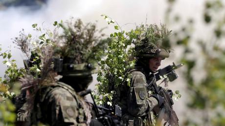 Des soldats polonais participent à l'opération «Saber Strike» de l'OTAN en Lettonie en juin 2016