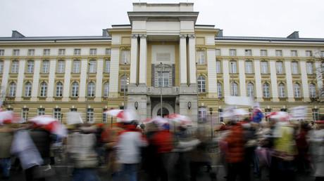 Importante manifestation à l'occasion de la grève des enseignants à Varsovie