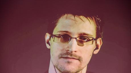 Allemagne : le comité d'enquête sur l'espionnage de la NSA pourrait demander à Snowden de témoigner
