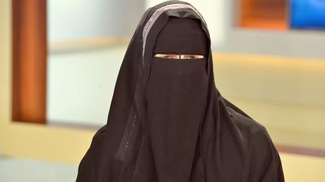 Les Pays-Bas s'apprêtent-ils eux aussi à interdire le niqab et la burqa ?