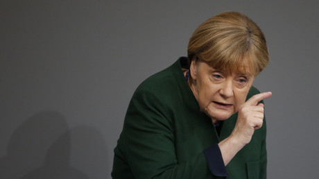 Angela Merkel veut déporter 100 000 migrants d'ici la fin de l'année.