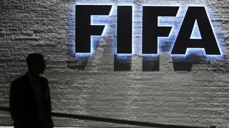 Foot : perquisitions en Suisse en lien avec l'attribution du Mondial 2006 à l'Allemagne