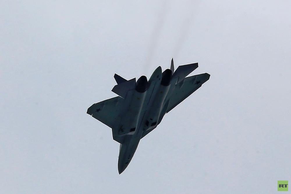 L'avion de chasse le plus manœuvrable de Sukhoï a fait ses premiers vols d'essai (IMAGES)