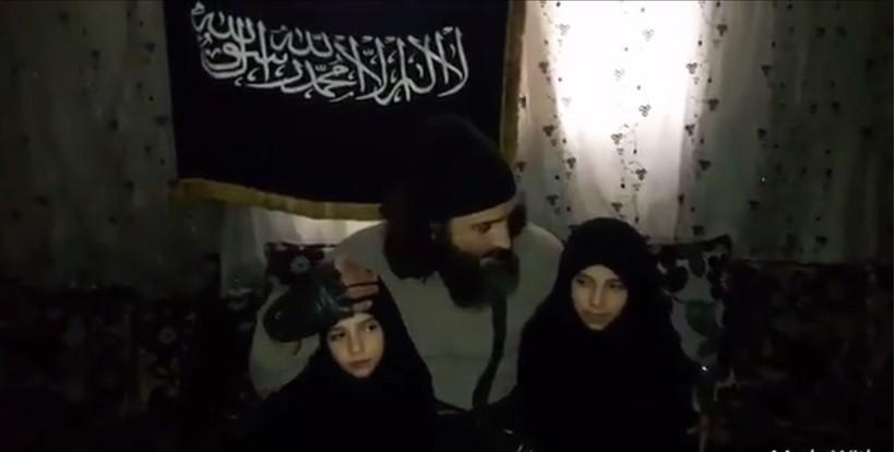 Dans une vidéo choquante, des parents djihadistes envoient leurs filles se faire exploser en Syrie