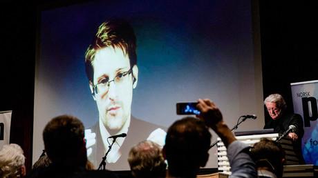 Les partis au pouvoir allemands auraient essayé d'empêcher Snowden de rendre témoignage en Allemagne