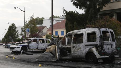 Voitures incendiées à Viry-Châtillon