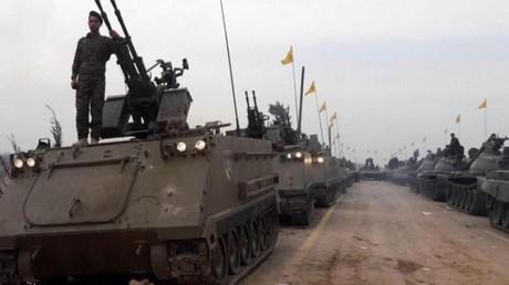 Parade militaire du Hezbollah en Syrie avec des M113