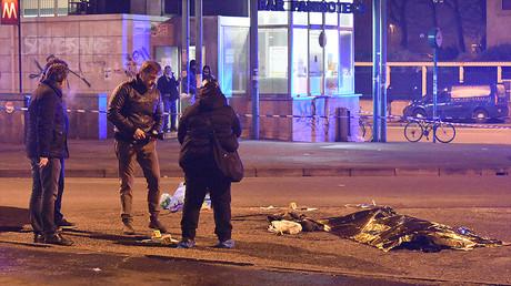 La police italienne inspecte les lieux après la fusillade à Sesto entre la police et l'auteur présumé de l'attaque de Berlin, Anis Amri, photo ©DANIELE BENNATI / AFP