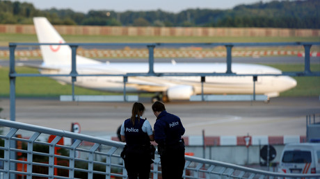 Recevant plus de 600 informations par jour, la police judiciaire fédérale belge est débordée.