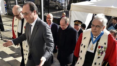 Grâce de Jacqueline Sauvage : «Hollande a préféré une justice privée à une justice démocratique»