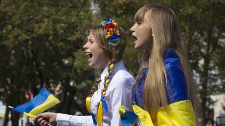 Etudiantes ukrainiennes à Marioupol