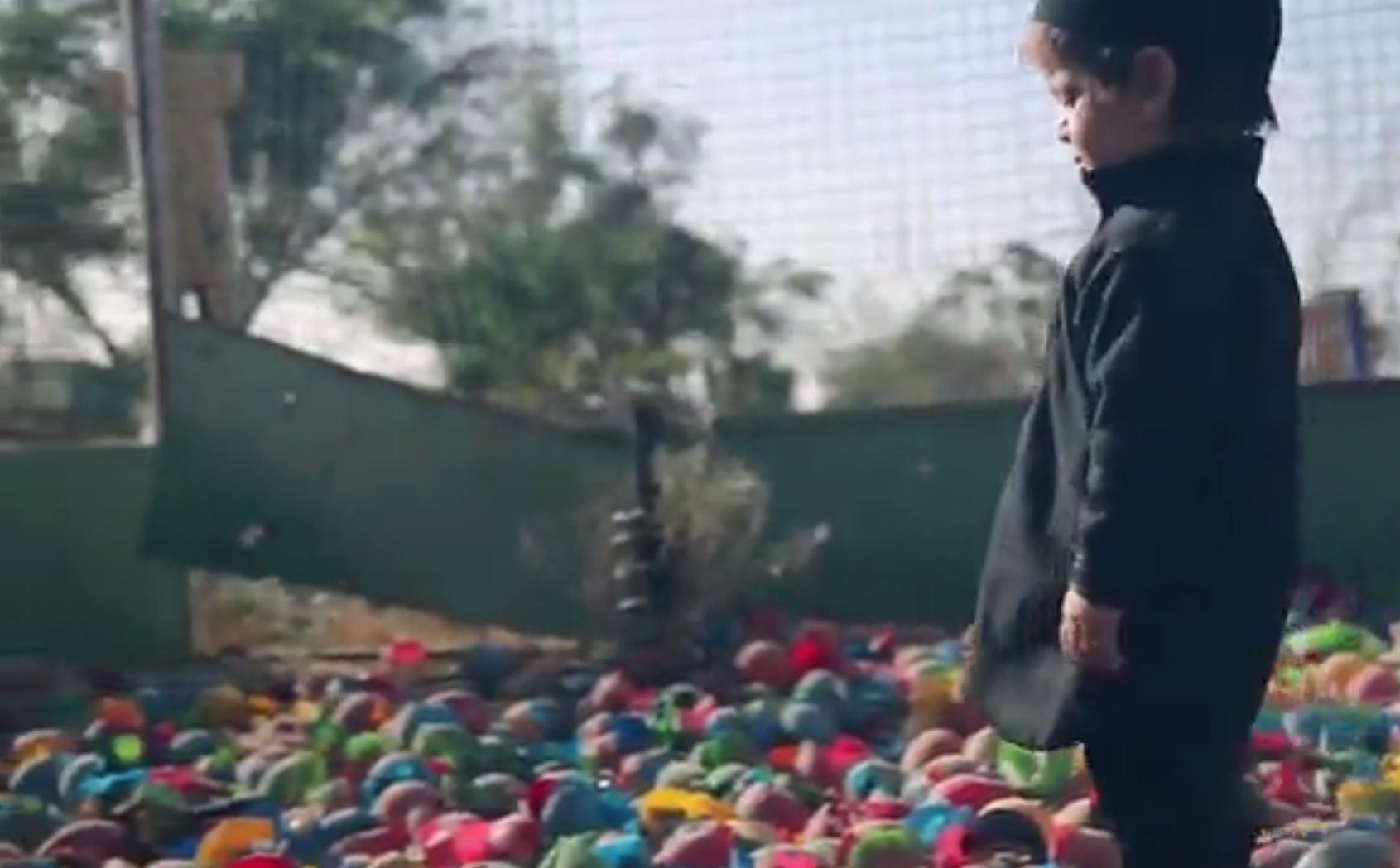 Dans une nouvelle vidéo de Daesh un enfant de deux ans tue un otage (IMAGES CHOC)