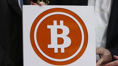 Le bitcoin passe la barre des 1 000 dollars