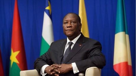 Le président de la Côte d'Ivoire Alassane Ouattara aurait trouvé un accord avec les militaires mutins