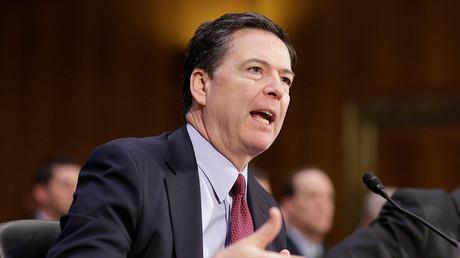 Le directeur du FBI James Comey devant le sénat américain le 10 janvier 2017, photo ©Reuters/Joshua Roberts