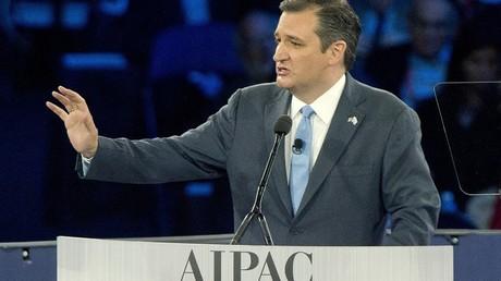 Le sénateur américain Ted Cruz, ici au pupitre du lobby israélien AIPAC (American Israel Public Affairs Committee)