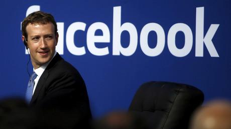 La création de Mark Zuckerberg connaît des difficultés le 13 janvier