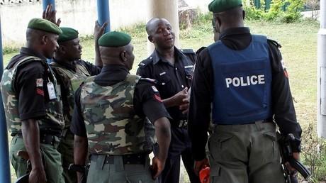 Cinq étudiants et deux professeurs kidnappés par des hommes armés au Nigéria