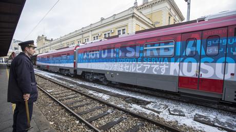 Le train serbe