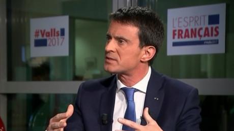 Manuel Valls répond à Ruth Elkrief, le 15 janvier 2017, capture d'écran BFMTV, DR