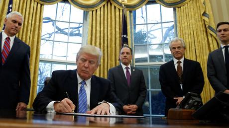 Donald Trump ne chôme pas pour ses débuts à la Maison Blanche