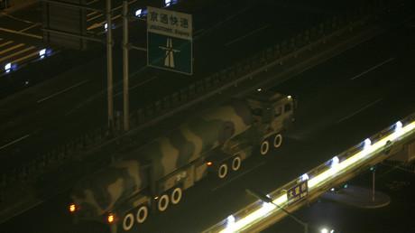 Une photo d'archive, un système de missile Dongfeng à Pékin