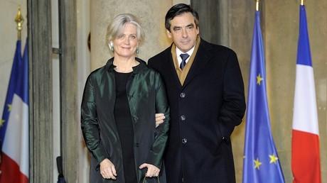 Pénélope Fillon, ici à côté de son mari François Fillon, candidat à la présidentielle de 2017 pour Les Républicains