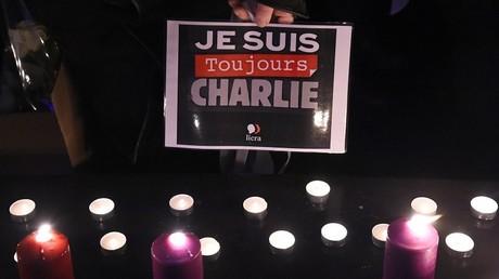 Lors des deux ans de l'attentat de janvier 2015, des manifestants à Paris étaient venus exprimer leur solidarité avec Charlie Hebdo