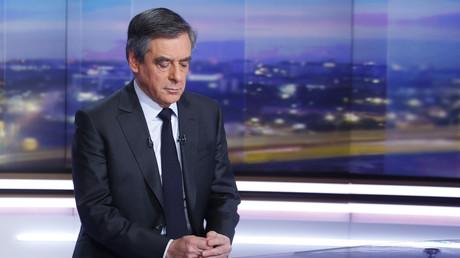François Fillon sur le plateau de TF1