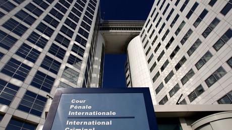 De nombreux états quittent ou menacent de quitter la cour pénale internationale