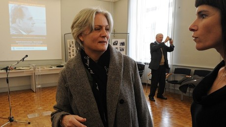 L'épouse de François Fillon, Pénélope, au cœur d'un scandale d'emplois fictifs présumés