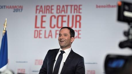 Benoît Haùon lors de son meeting à Paris le 26 janvier 2017.
