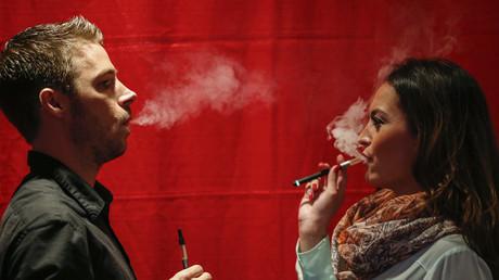 Apple va-t-il à se lancer sur le marché de la cigarette électronique... et de la marijuana ?
