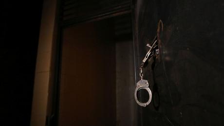 Certains détenus ont été contraints de s'insérer des compresses tissées dans l'anus, d'autres ont été déshabillées et filmées...