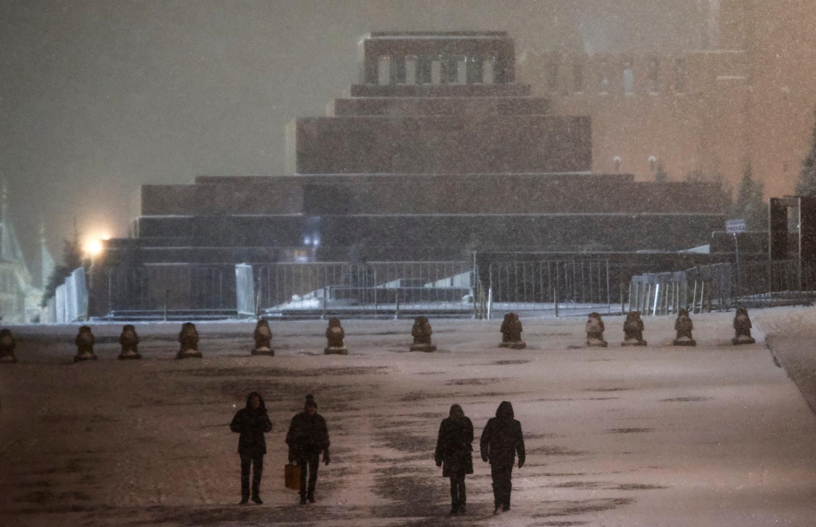 Russie : le corps de Lénine se refait une beauté