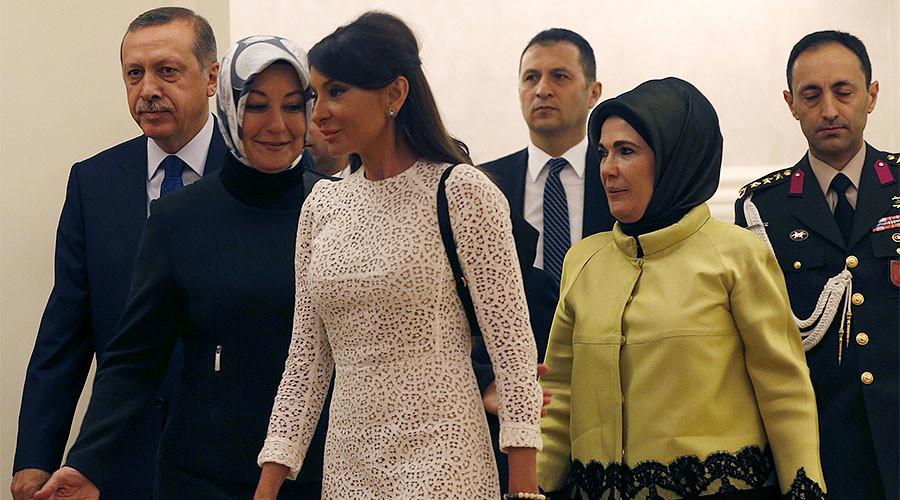 Quand le président de l'Azerbaïdjan nomme son épouse vice-présidente (PHOTOS)