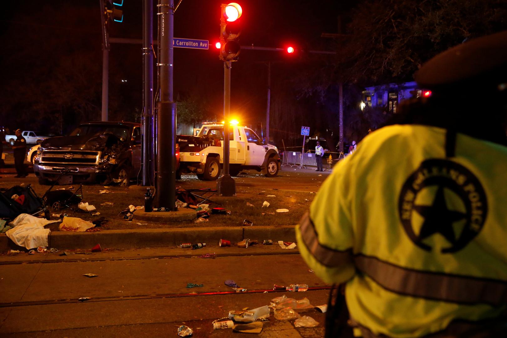 Un camion fonce dans la foule au carnaval à La Nouvelle-Orléans, de nombreux blessés (IMAGES CHOC)