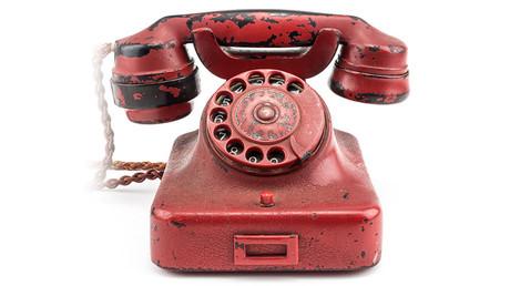 Selon la maison qui le met en vente, Hitler emportait toujours son téléphone lors de ses voyages