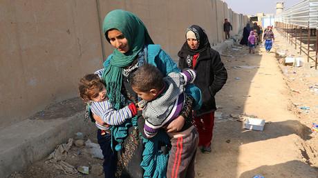 Des Irakiens deplacés dans la région de Makhtab al-Khaled, à 30 kilomètres de Kirkouk.