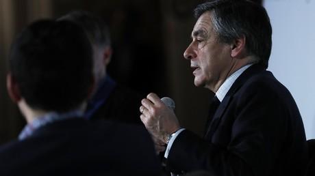 En pleine affaire Penelope Fillon, Macron, Ciotti et NKM défendent la présomption d'innocence