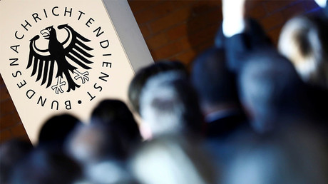 Logo de l'agence fédérale de renseignement allemande, illustration ©Hannibal Hanschke / Reuters