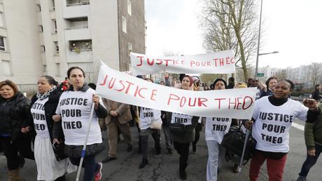 Une manifestation de soutien à Théo, gravement blessé lors de son interpellation, à Aulnay-sous-Bois (photographie d'illustration)