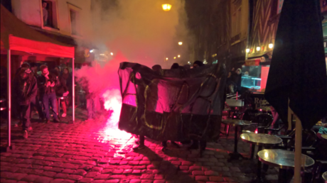 Rennes : la manifestation de soutien à Théo se mue en affrontements entre jeunes et police