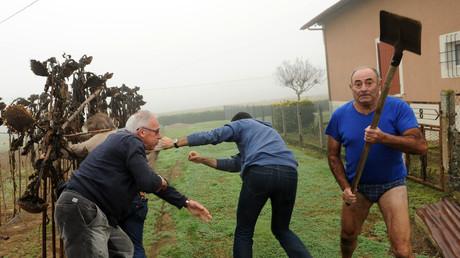 L'«agriculteur en slip» jugé après avoir chassé des militants écologistes de sa propriété