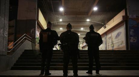 Luc Poignant, chargé de la communication du syndicat Unité SGP Police, a déclaré que le terme de «bamboula» était convenable