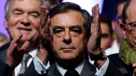 L'équipe de campagne de François Fillon s'inquiète du peu d'enthousiasme des élus locaux et des nombreuses défections des militants et des sympathisants