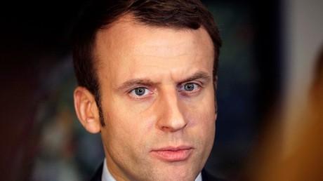 Pour Emmanuel Macron, l'affaire Théo «ne se règle pas sur les barricades»
